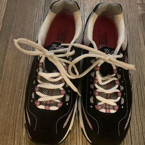 Sketchers D'Lites Sneakers